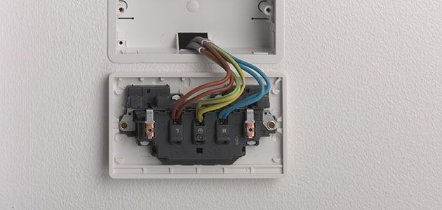 change a socket 5?scl=1 how to change a socket wickes co uk wiring a plug socket at readyjetset.co