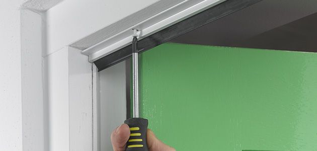 garage door fitting instructions