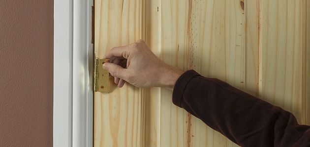 2 & How to fit an internal door | Wickes.co.uk Pezcame.Com
