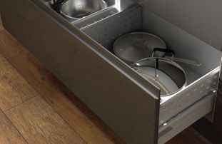Plan your dream kitchen - Washing Zone Storage