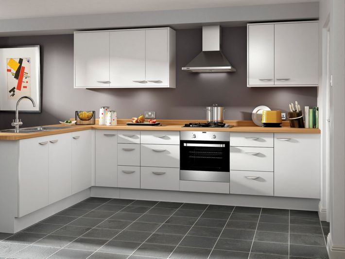 Dakota white slab kitchen for Wickes kitchen cupboards