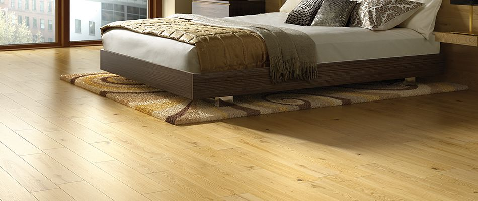 Lay real and solid wood floating floors - How To Lay Real & Solid Wood Flooring Wickes.co.uk