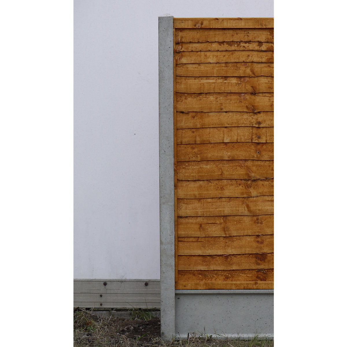 Concrete Slotted Fence Post 87mm X 100mm X 2400mm Travis Perkins
