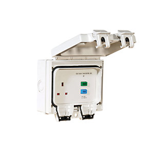 Smj Outdoor 1gANG Switched Socket IP66 RCD Protected
