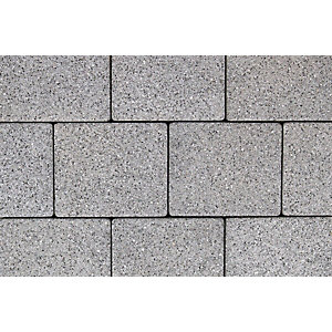 Tobermore Sienna Silver. Two sizes in one pack. 13.86m2 coverage.