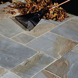 Natural Paving Calibrated Old York Sandstone Project Pack 24mm 18.9m²