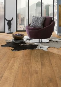 Kronospan Original Tawny Chestnut Oak Laminate Flooring 1285mm X 192mm X 10mm Travis Perkins