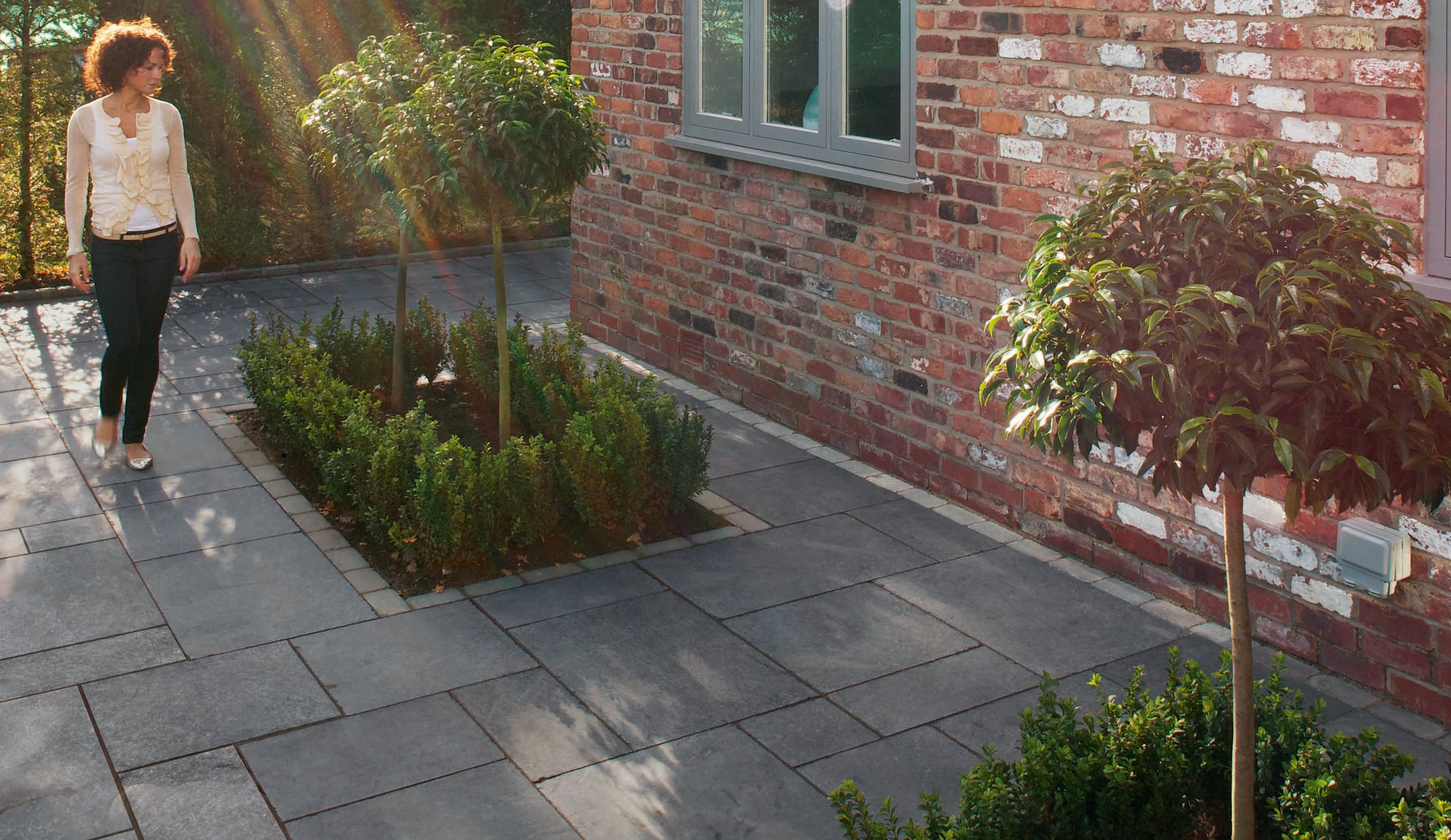 Marshalls Fairstone Limestone Patio Project Pack Charcoal 16.76m²