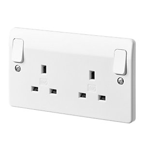 MK 2 Gang 13A Double Switched Socket Outboard Rockers K2746WHI