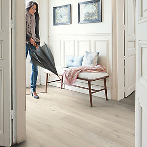 Impressive Quick Step Light Oak Laminate Flooring