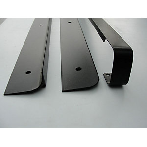 Unika 40mm Black Worktop Aluminium Corner Joint 630mm/6mm Radius