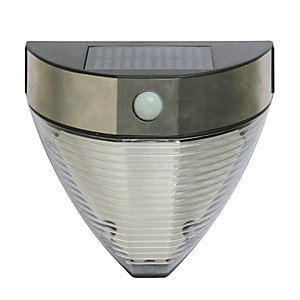 Wickes Solar LED Hilo PIR Wall Light