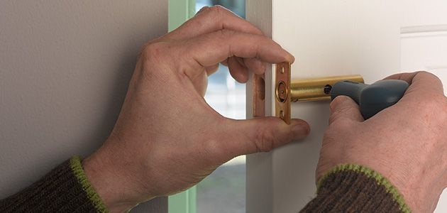Fit a mortice security bolt & How to Fit Door Locks | Wickes.co.uk