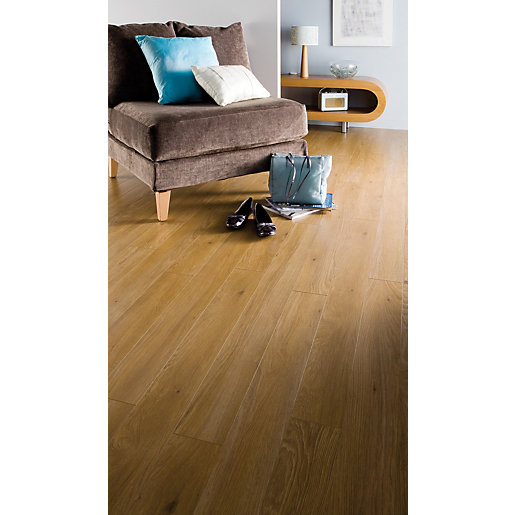 Aberdeen oak uniclic locking laminate flooring 1285mm x for Uniclic flooring