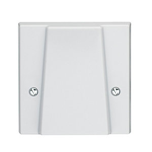 Volex White Moulded Cooker Outlet Plate with Pillar Terminals