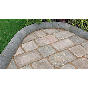Marshalls Driveline 4 in      1 Radial Kerb 100 x 100 x 200mm Charcoal