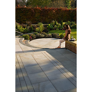 Marshalls Fairstone Sawn Versuro Garden Paving Project Pack Caramel Cream Multi 11.3m²