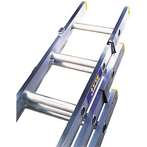 Lyte EN131 Trade 3 Section Extension Ladder 3.42m - 8.46m 12 Rung