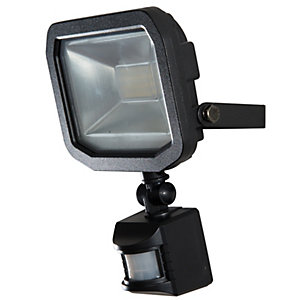 Luceco Guardian Slimline 10W LED Floodlight Warm White