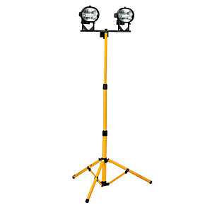 Tripod Worklight 500W 240V Twin E709080