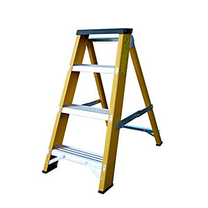 Lyte Heavy Duty Glassfibre Swingback Stepladder 4 Tread EN131